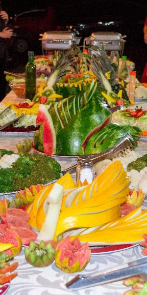 Um lindo buffet servido em um Casamento em Tijucas do Sul, PR.